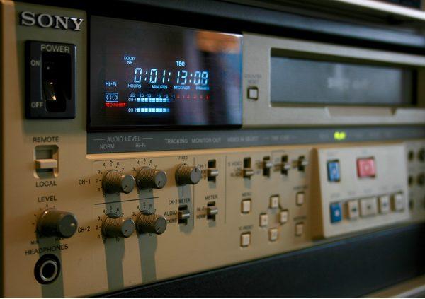 - VHS img 0281 - Beeld consumenten nav philips video 2000 - VHS img 0281 - Philips Video 2000