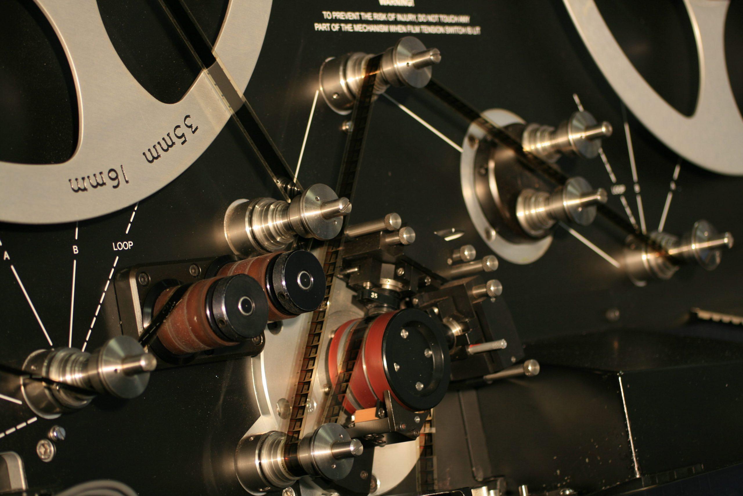 film 16 / 35 mm - film 16 35 scaled - Film 16 / 35 mm