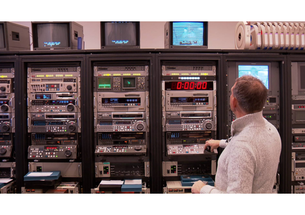 inn-archive krijgt bezoek van omroep max - inn archive studio - inn-Archive krijgt bezoek van Omroep MAX