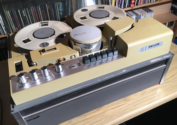 speciale - philips video el 3402 - include specials akai 1/2 inch video cassette system - philips video el 3402 - Akai 1/2 inch Video Cassette System